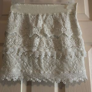 White altar'd state lace skirt